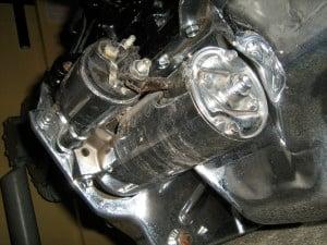 Jeep_2.5_liter_4-cylinder_engine_chromed_s